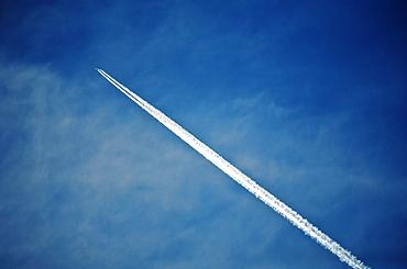 A jet contrail, a vapour trail across the sky, Jet contrail