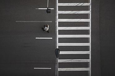 High angle view of pedestrian crossing street, Chicago, Illinois, USA