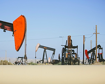 Crude oil extraction from Monterey Shale near Bakersfield, California, USA, McKitrrick, Kern County, California, USA