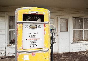Old Gas Pump, Kent, Oregon, United States
