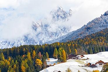 Winter snow, StMagdalena village, Geisler Spitzen, Val di Funes, Dolomites mountains, Trentino-Alto Adige, South Tyrol, Italy