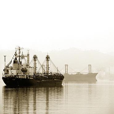 Ships in bay, Halong Bay, Quang Ninh, Vietnam, Halong Bay, Quang Ninh, Vietnam