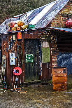Fishing hut in the harbour of Porthgain, Pembrokeshire, Wales, UK, Pembrokeshire National Park, Wales