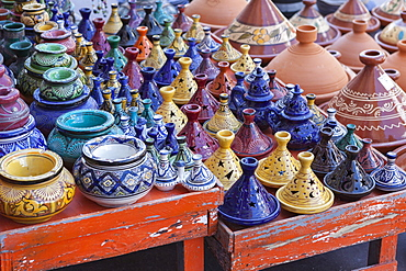 A street seller's wares, including tagines and clay pots near the Kasbah, Marrakesh, Morocco, North Africa, Africa