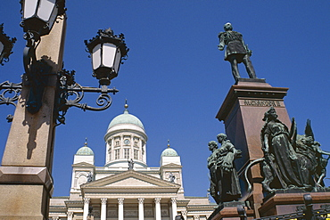 Alexander II statue and Lutheran Cathedral, Helsinki, Finland, Scandinavia, Europe