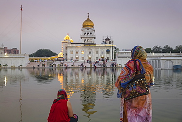 Gurdwara Bangla Sahib, a Sikh temple, New Delhi, Delhi, India, Asia
