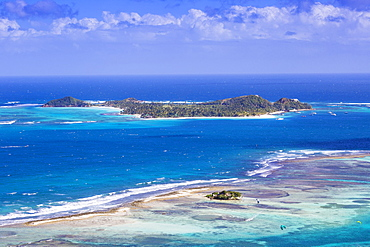 View towards Palm Island, Union Island, The Grenadines, St. Vincent and The Grenadines, West Indies, Caribbean, Central America