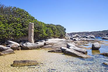 Roman column, Capo Testa, Santa Teresa Gallura, Sardinia, Italy, Mediterranean, Europe