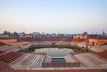 Hussainabad Pond, Lucknow, Uttar Pradesh, India, Asia
