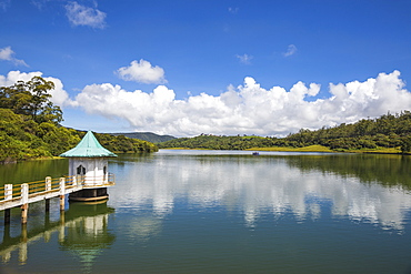 Kande Ela reservoir, Nuwara Eliya, Central Province, Sri Lanka, Asia