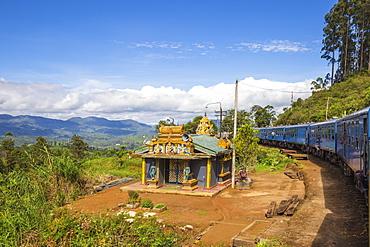Kandy to Badulla train, Nuwara Eliya, Central Province, Sri Lanka, Asia