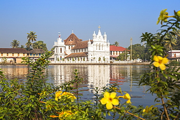 St. Mary Forane Church, Backwaters, Alappuzha (Alleppey), Kerala, India, Asia