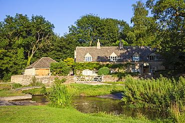 Upper Slaughter village, The Cotswolds, Gloucestershire, England, United Kingdom, Europe