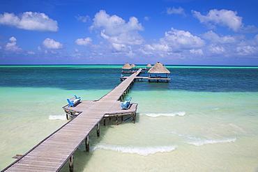 Wooden pier, Playa El Paso, Cayo Guillermo, Jardines del Rey, Ciego de Avila Province, Cuba, West Indies, Caribbean, Central America