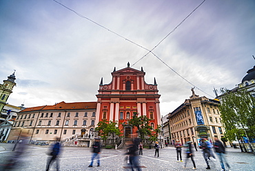 Tourists in Preseren Square (Trg) and the Franciscan Church of the Annunciation, Ljubljana, Slovenia, Europe
