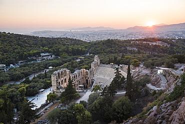 Odeon of Herodes Atticus Theatre at sunset, Acropolis, UNESCO World Heritage Site, Athens, Attica Region, Greece, Europe