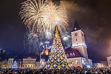 Fireworks over Brasov main square on New Years Eve, Brasov, Brasov County, Romania, Europe