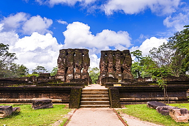Parakramabahu's Royal Palace, Polonnaruwa, UNESCO World Heritage Site, Cultural Triangle, Sri Lanka, Asia