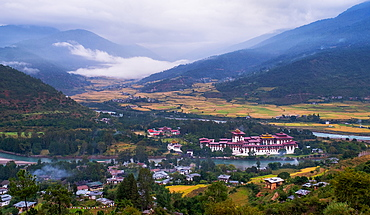 Punakha Dzong, the second largest and second oldest dzong in Bhutan, Punakha, Bhutan, Asia