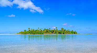 Pula Maraya Island from Scout Park Beach, Cocos Keeling Islands.