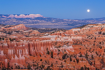 Moonrise over Bryce Canyon Amphitheater from Sunrise Point, Bryce Canyon National Park, Utah, United States of America, North America