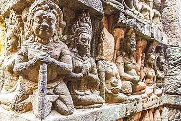 Apsara carvings in the Leper King Terrace in Angkor Thom, Angkor, UNESCO World Heritage Site, Siem Reap Province, Cambodia, Indochina, Southeast Asia, Asia