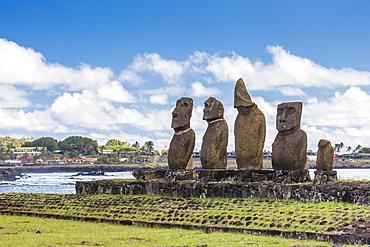 Preserved original moai in the Tahai Archaeological Zone on Easter Island (Isla de Pascua) (Rapa Nui), UNESCO World Heritage Site, Chile, South America