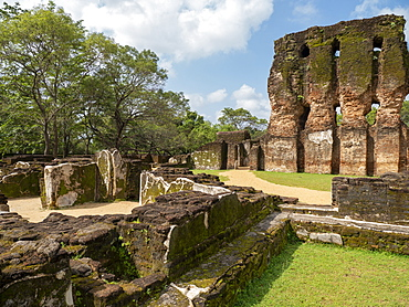 The seven storeyed Palace named Vijayotpaya, Polonnaruwa, UNESCO World Heritage Site, Sri Lanka, Asia