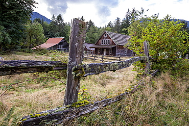 Buildings from the Kestner Homestead, Quinault Rain Forest, Olympic National Park, UNESCO World Heritage Site, Washington State, United States of America, North America