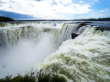 Devil's Throat (Garganta del Diablo), Iguacu Falls, UNESCO World Heritage Site, Misiones Province, Argentina, South America