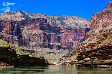 Floating down the Colorado River, Grand Canyon National Park, Arizona, USA, North America.