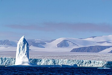 Grounded iceberg calved from nearby glacier near Philpots Island, Nunavut, Canada, North America