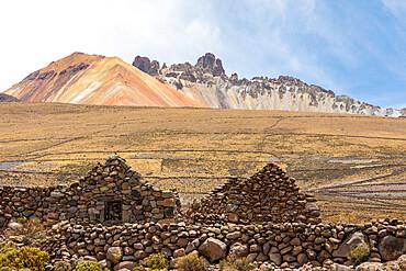 Abandoned village near Coqueza, a small town near the Thunupa Volcano, Salar de Uyuni, Bolivia.