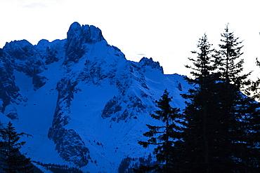 Bischofsmuetze at dusk, Dachstein mountain, Salzburg, Austria