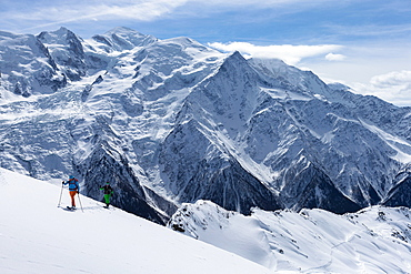 Crosscountry skiing to Le Brevent, Argentiere, France