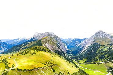 Falkenhuette and Laliderer valley from the Laliderer Northface, Lalidererspitze, Steinfalk, Risserfalk, Laliderer Falk, Gamsjoch, Hinterriss, Ahornboden, Karwendel, Bavaria, Germany