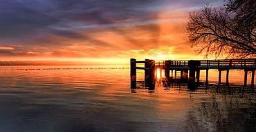 Sunrise at the jetty, Lake Starnberg, Bernried, Bavaria, Germany