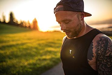 Runner enjoys the sunrise in the morning hours, running, sports, allgäu