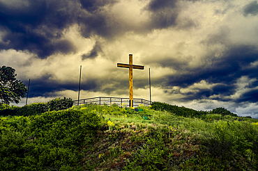 Thunderstorm atmosphere at the wooden cross in honor of the fallen in World War II on the Erpeler Ley, Erpel, Rhineland-Palatinate, Germany
