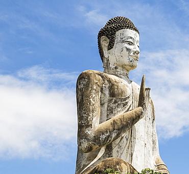 Buddha statue at the modern Wat Ek Phnom, Battambang, Cambodia