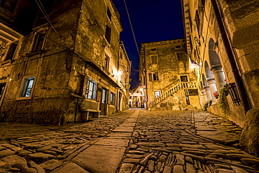 The picturesque Medieval town given over to artists known as Groznjan at night, Groznjan, Istria, Croatia