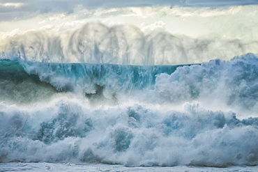 Huge waves crashing near the shores of Oahu, Oahu, Hawaii, United States of America
