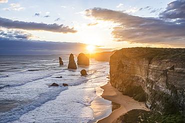 The Twelve Apostles, limestone rock formations along the coast, Great Ocean Road, Port Campbell National Park; Port Campbell, Victoria, Australia