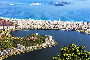 A view of the Rodrigo de Freitas Lagoon and coast of Rio de Janeiro, a UNESO world heritage site; Rio de Janeiro, Rio de Janeiro, Brazil