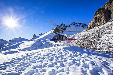 A helicopter tour provides stunning views over the Mount Cook glacier and surrounding mountaintops, Mount Cook National Park; Canterbury, New Zealand