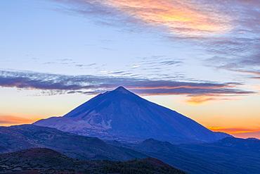 Mount Teide at sunset, UNESCO World Heritage Site, Tenerife, Canary Islands, Spain, Atlantic Ocean, Europe,