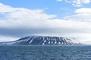 Palanderbukta Bay, Gustav Adolf Land, Nordaustlandet, Svalbard archipelago, Arctic, Norway, Europe