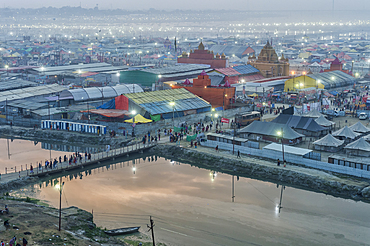 Evening view of the Allahabad Kumbh Mela, World's largest religious gathering, Allahabad, Uttar Pradesh, India, Asia
