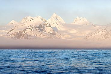Snow covered mountains on South Georgia West coast, South Georgia and the Sandwich Islands, Antarctica, Polar Regions