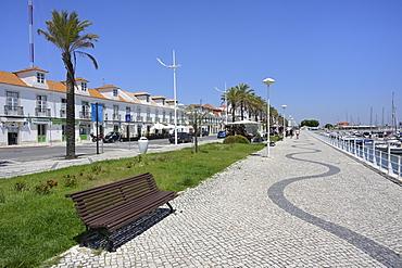 Waterfront promenade, Vila Real de Santo Antonio, Algarve, Portugal, Europe